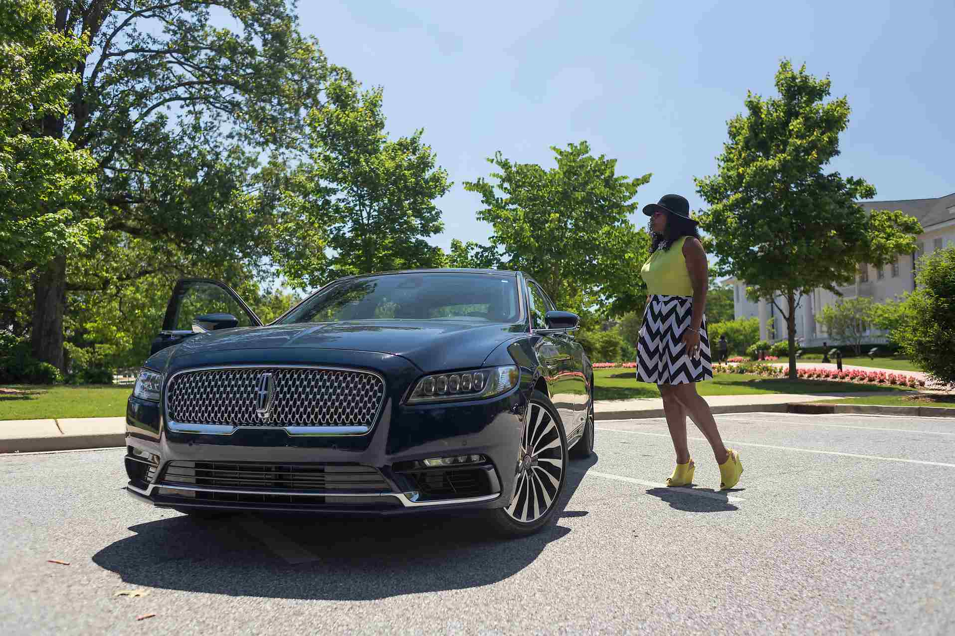 Schless 2017 Lincoln Continental Awd Black Label